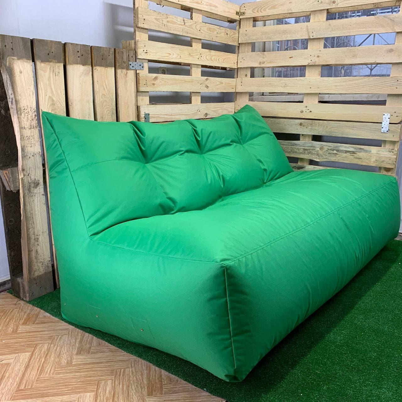 Безкаркасний диван зелений